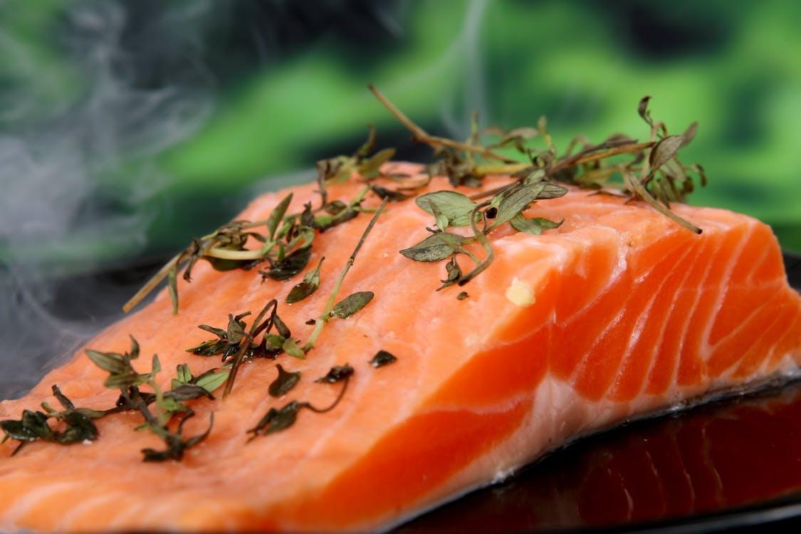 Trancio di salmone marinato