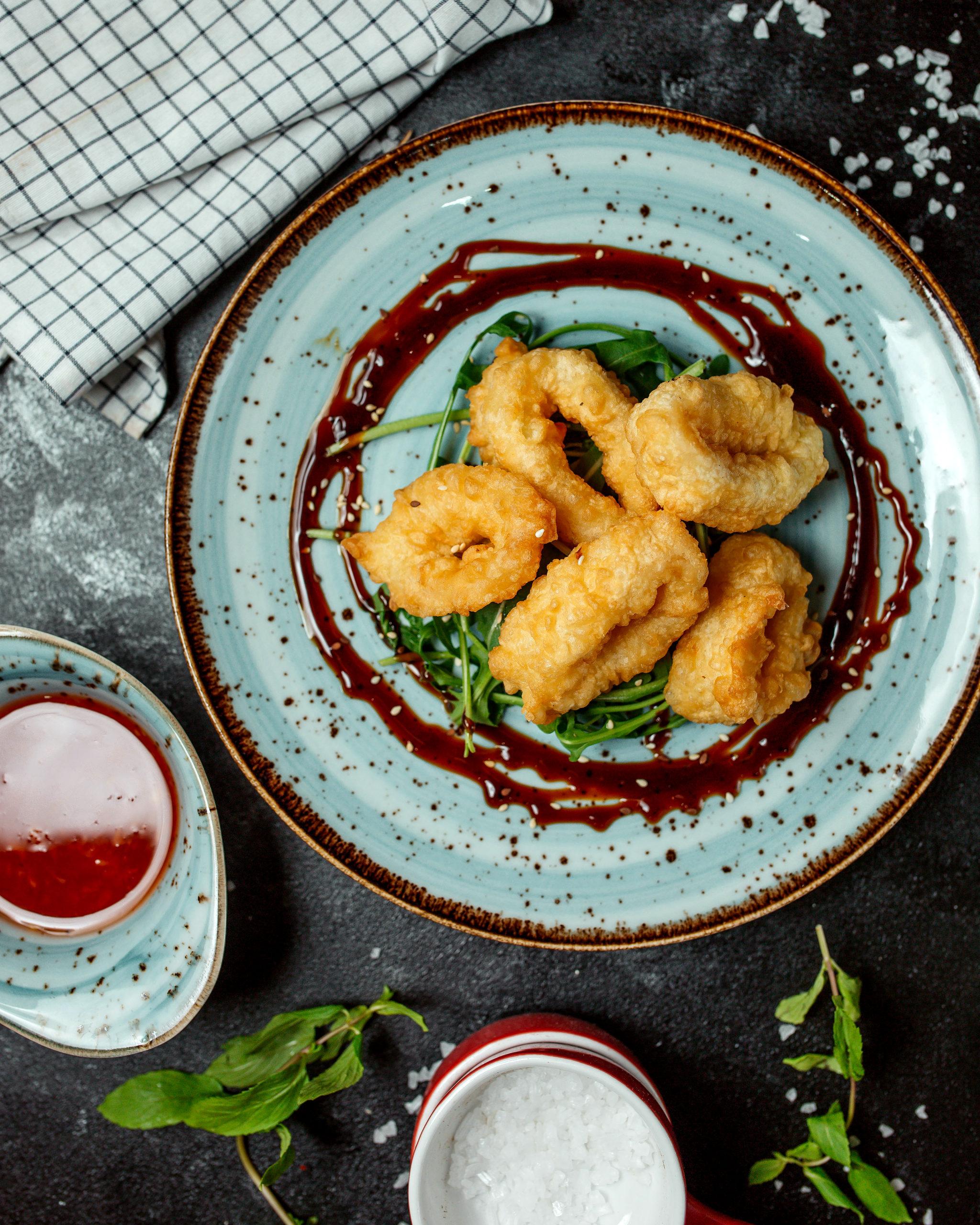 Calamari fritti con ketchup fatto in casa