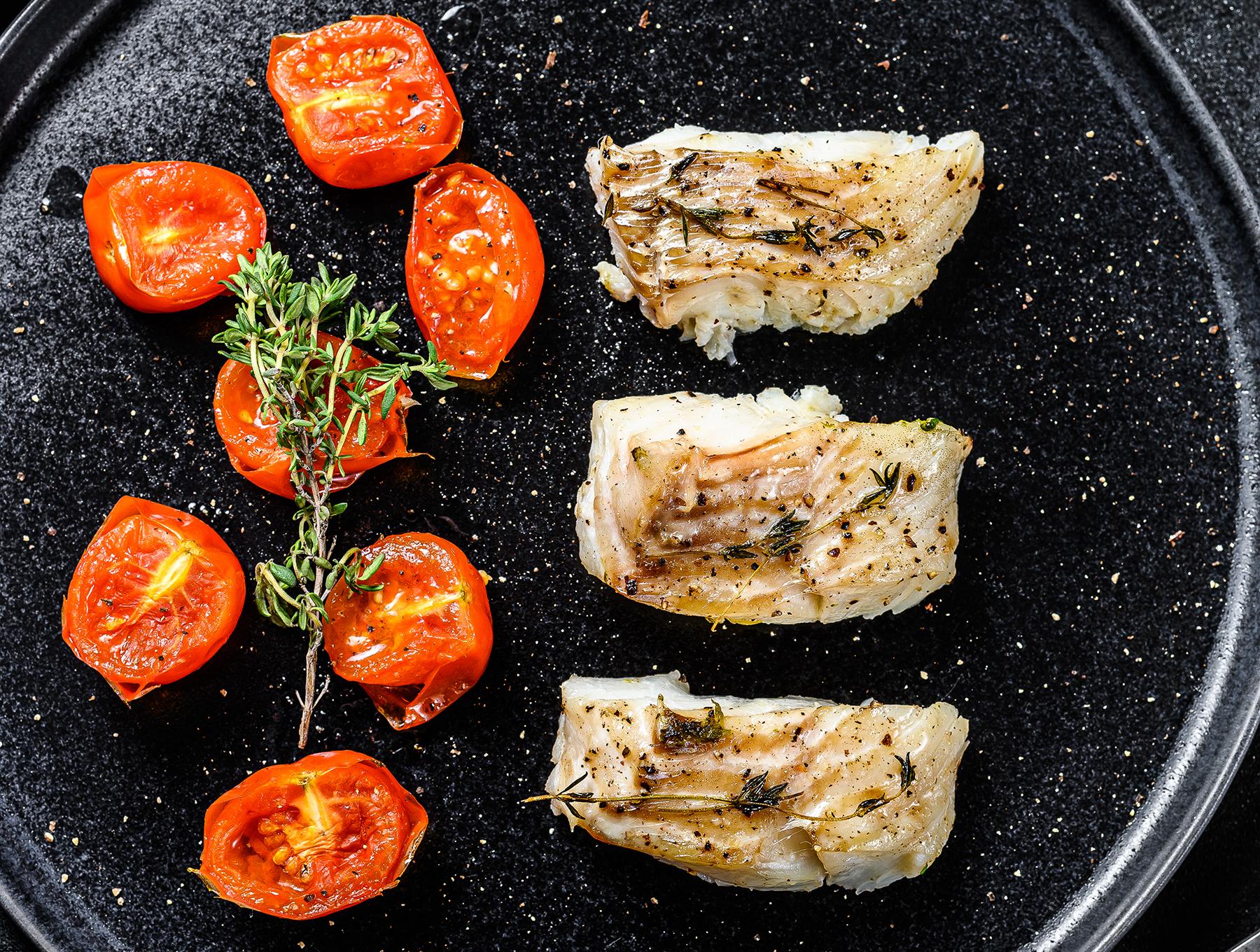 Merluzzo alla griglia con pomodorini confit